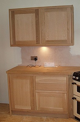 Solid Oak Kitchen Units and Worktops
